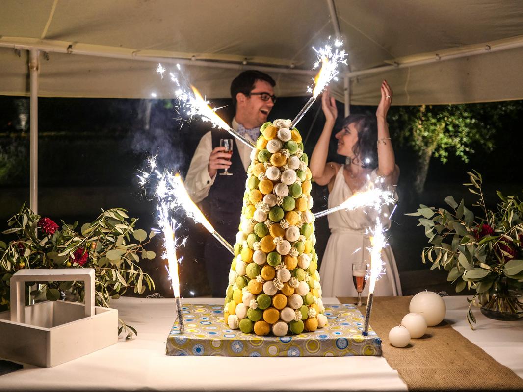 pièce montée en macarons - mariage domaine du bois st mard - wedding planner